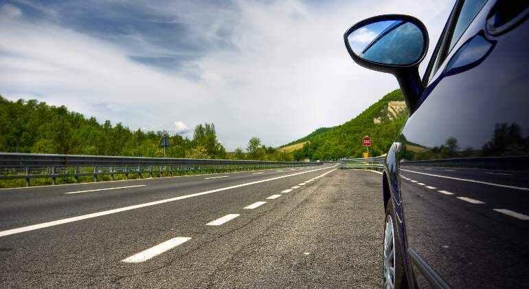 coche para manejar en carretera